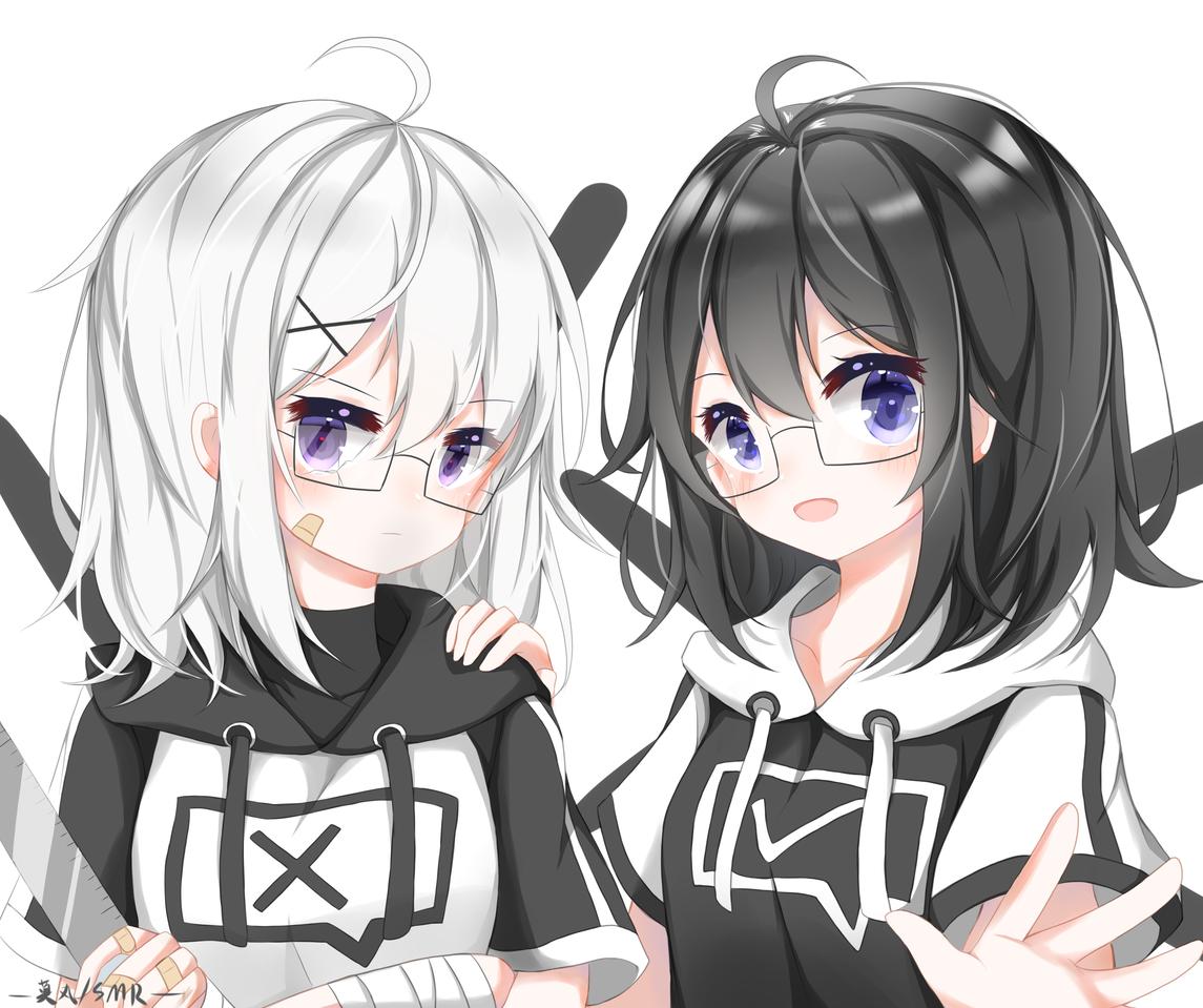 是两个自设XD! Illust of 莫丸——!XD medibangpaint original girl animegirl glasses 板绘 portrait